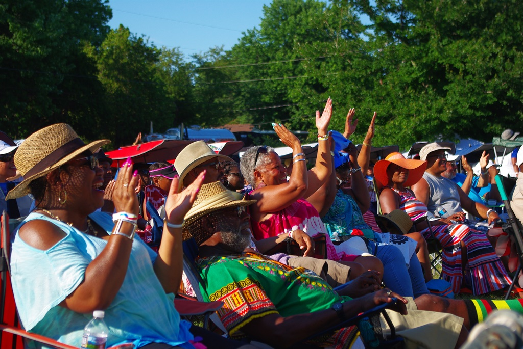 Sign Up for the Potomac Jazz & Seafood Festival Newsletter 1